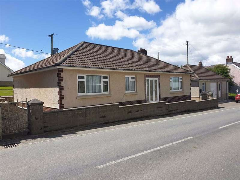 3 Bedrooms Detached Bungalow for sale in Blaenwaun, Whitland, Carmarthenshire