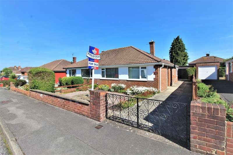 2 Bedrooms Semi Detached Bungalow for sale in WARDEN HLL, GL51