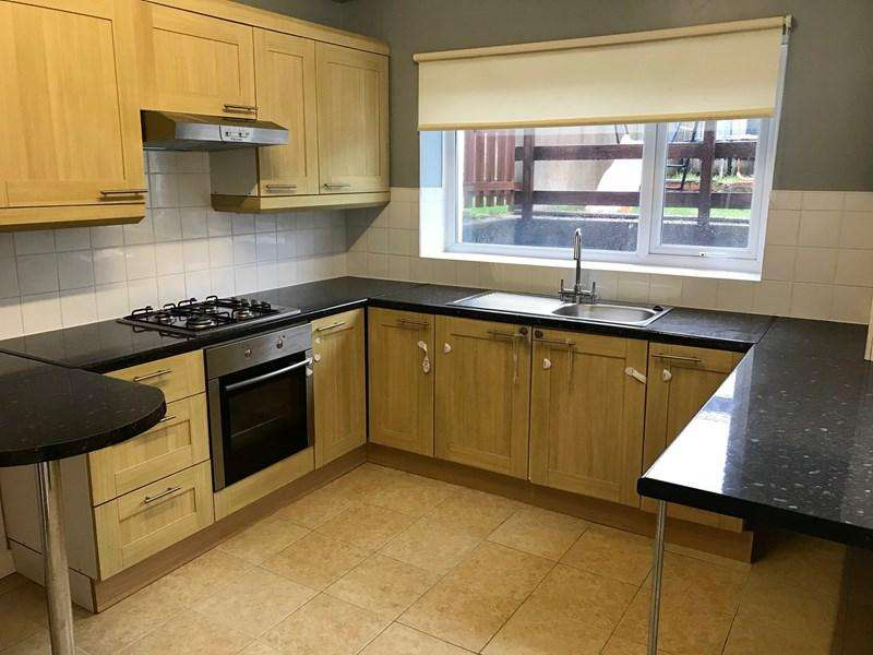 3 Bedrooms Terraced House for sale in Mount Pleasant Road, Ebbw Vale