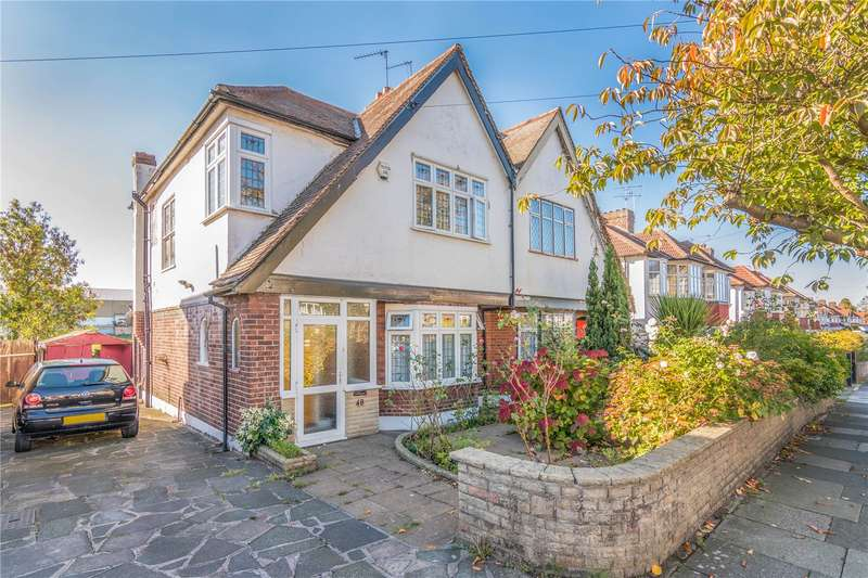 3 Bedrooms Semi Detached House for sale in Ashridge Gardens, Palmers Green, London