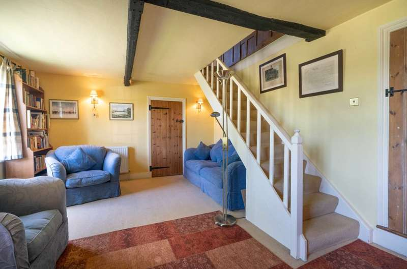 3 Bedrooms Semi Detached House for sale in VICTORIAN Character home located in HISTORIC Village with Countryside Views, Ivinghoe