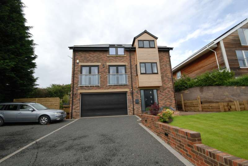 4 Bedrooms Detached House for sale in Red Kite Way, Rowlands Gill