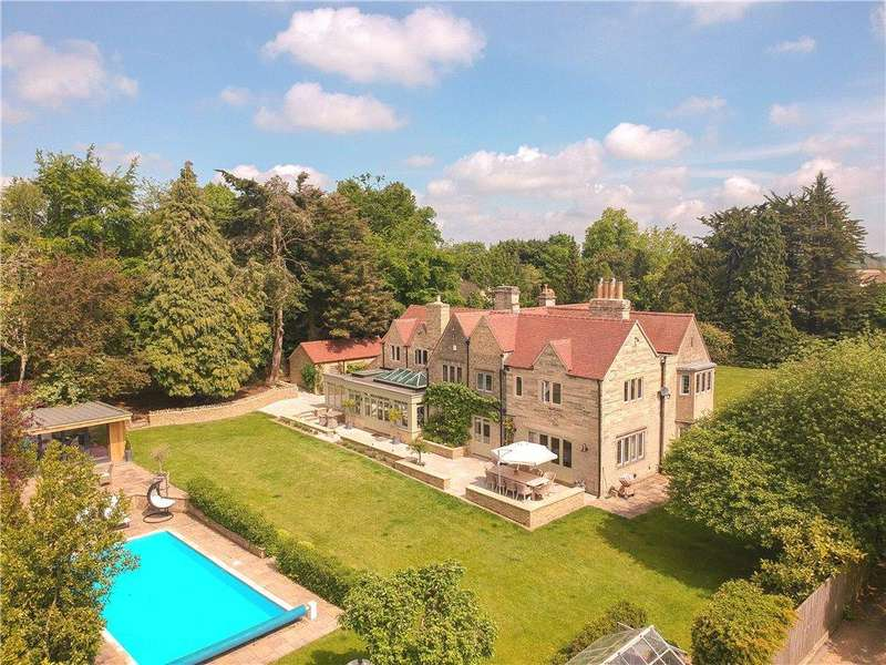 5 Bedrooms Detached House for sale in Somerford Road, Cirencester, Gloucestershire, GL7