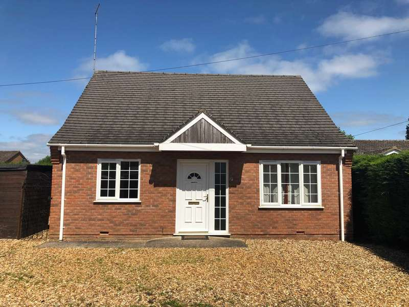 2 Bedrooms Chalet House for sale in Crown Road, Wisbech