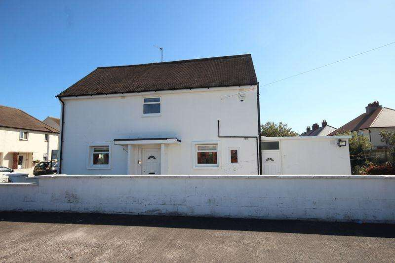 3 Bedrooms Semi Detached House for sale in Ffordd Dwyfor, Llandudno
