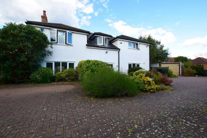 4 Bedrooms Detached House for sale in New Street, Shefford, SG17