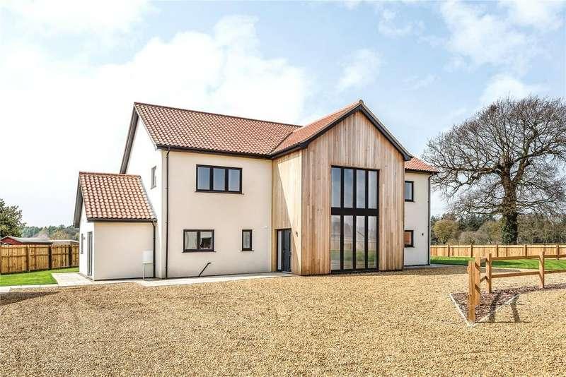 4 Bedrooms Detached House for sale in Taverham Road, Felthorpe, Norwich