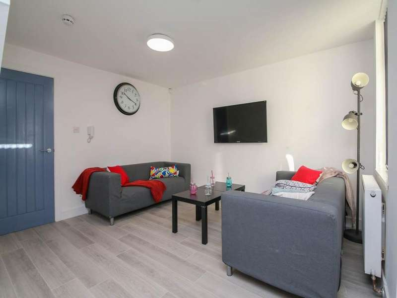 6 Bedrooms House Share for rent in Ling Street, Kensington, Liverpool