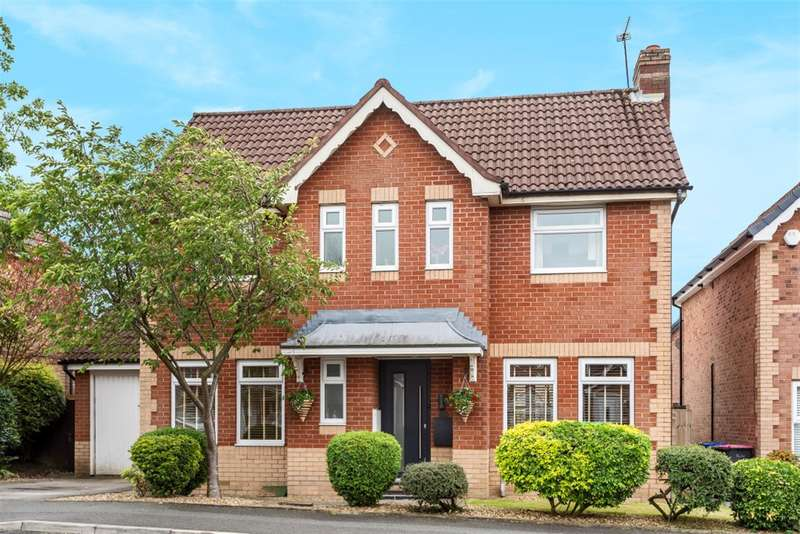 3 Bedrooms Detached House for sale in Highclove Lane, Worsley, Manchester, M28 1UE