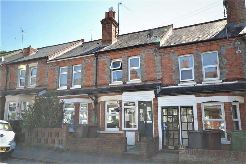 3 Bedrooms Terraced House for sale in Cromwell Road, Caversham, Reading