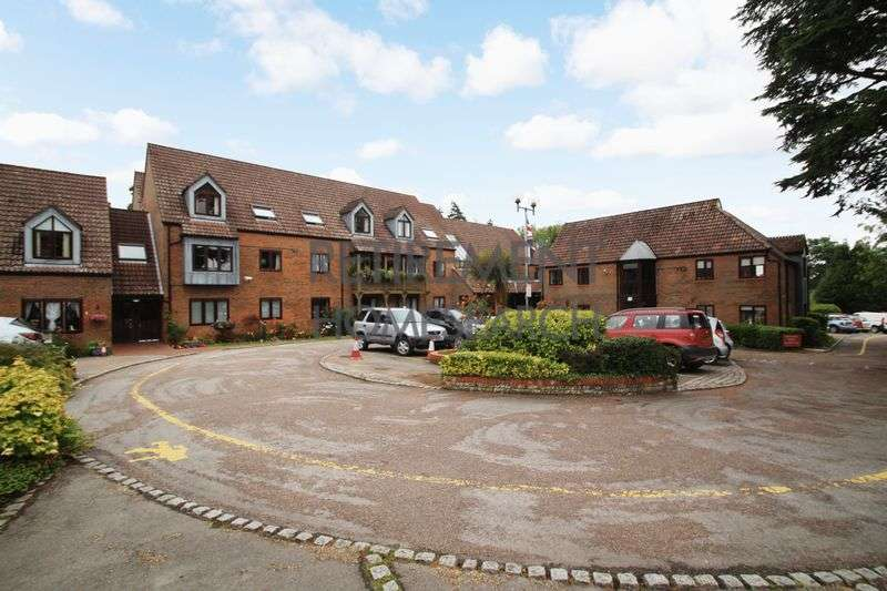 1 Bedroom Property for sale in Rufus Court, Lyndhurst, SO43 7ER