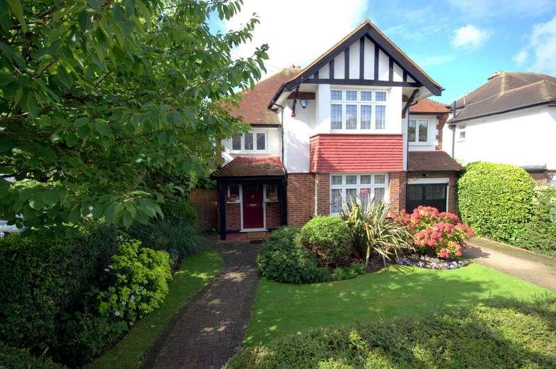 4 Bedrooms Detached House for sale in Westbury Road, New Malden, KT3