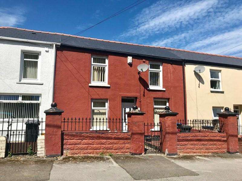 3 Bedrooms Terraced House for sale in Church Street, Tredegar
