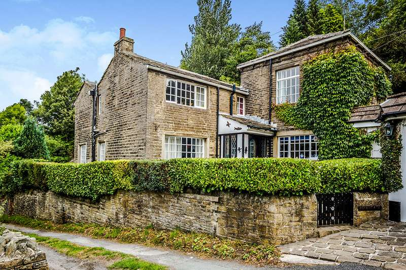 3 Bedrooms Detached House for sale in Hive House, Luddenden, HALIFAX, West Yorkshire, HX2