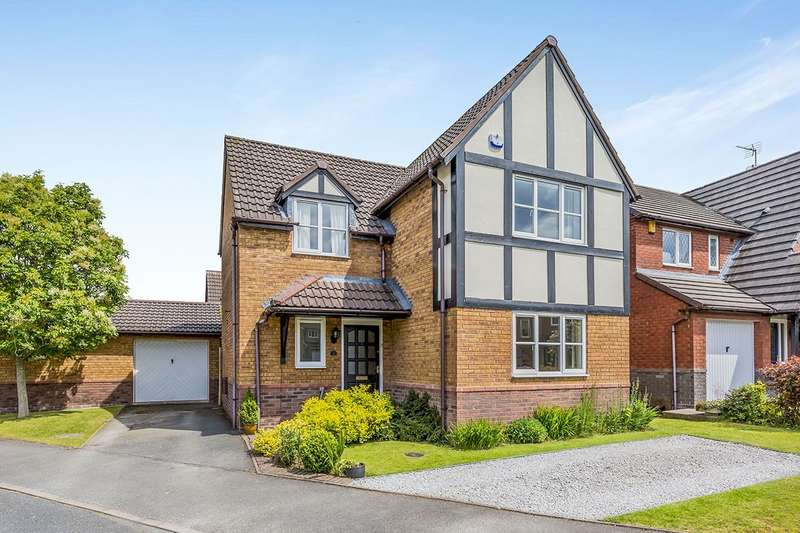 4 Bedrooms Detached House for sale in Chartley Grove, Middlewich, Cheshire, CW10