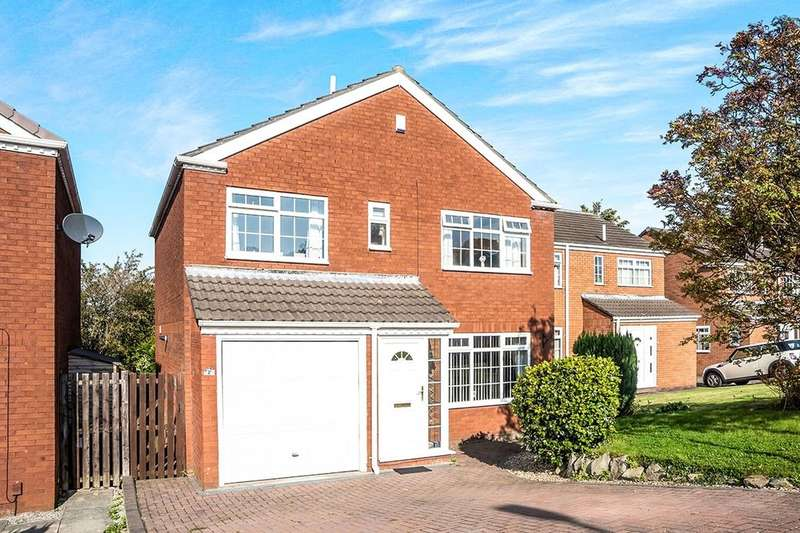 4 Bedrooms Detached House for sale in Sandringham Drive, Whickham, Newcastle Upon Tyne, NE16