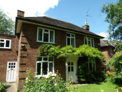 3 Bedrooms Detached House for sale in Burgage, Southwell, Nottingham, Nottinghamshire