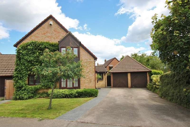 4 Bedrooms Detached House for sale in All Saints Close, WOKINGHAM, Berkshire