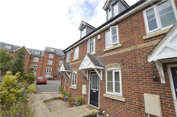 3 Bedrooms Terraced House for sale in Little Mill Court, Stroud, Gloucestershire, GL5 1DJ