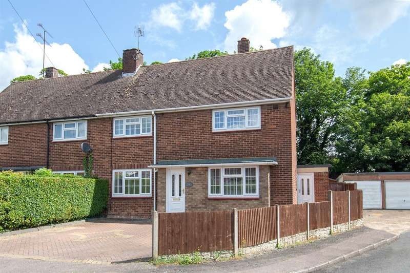 3 Bedrooms Semi Detached House for sale in Woodlands Avenue, Houghton Regis, Bedfordshire
