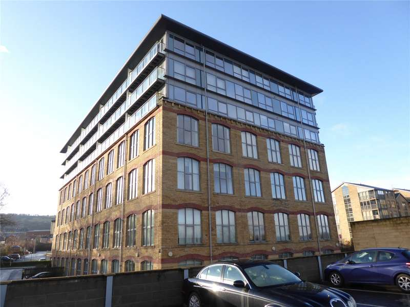 3 Bedrooms Flat for sale in The Silk Mill, Elland