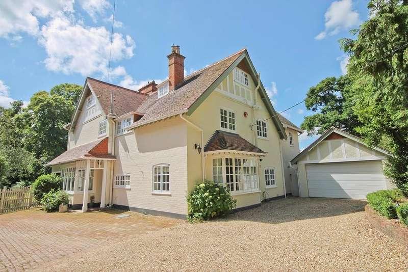 6 Bedrooms Detached House for sale in Forest Park Road, BROCKENHURST, SO42