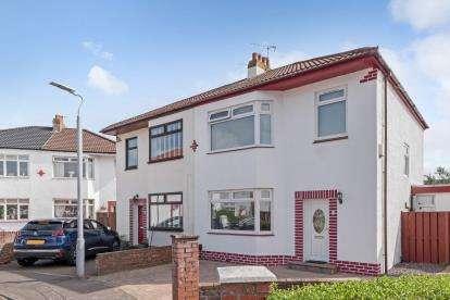 4 Bedrooms Semi Detached House for sale in Boydfield Avenue, Prestwick