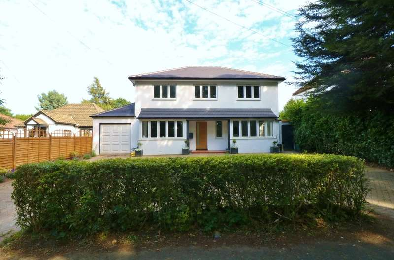 4 Bedrooms Detached House for sale in Farleigh Road, Warlngham, CR6 9EE