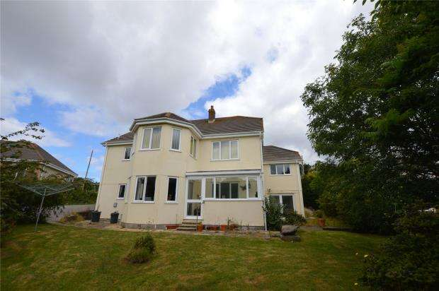 8 Bedrooms Detached Bungalow for sale in Pennance Road, Lanner, Redruth, Cornwall
