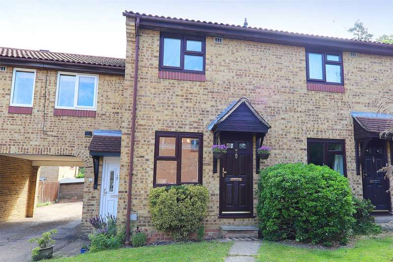 2 Bedrooms Terraced House for sale in Burnmoor Chase, Bracknell, Berkshire, RG12