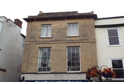 2 Bedrooms Flat for rent in High Street, Wells