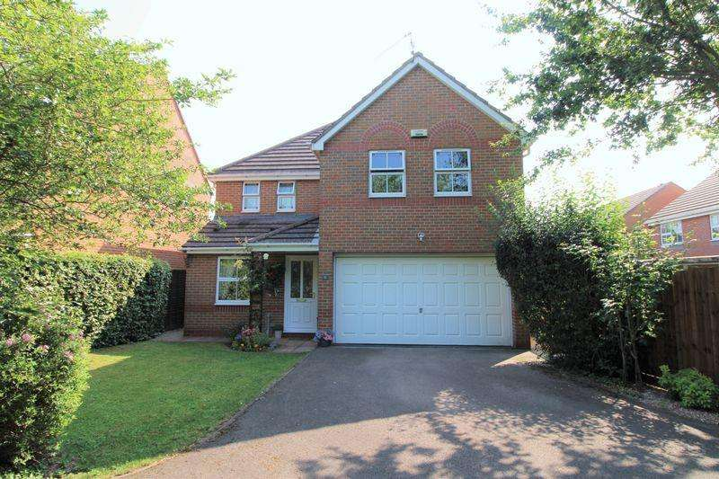 4 Bedrooms House for sale in St. Maughans Close, Monmouth