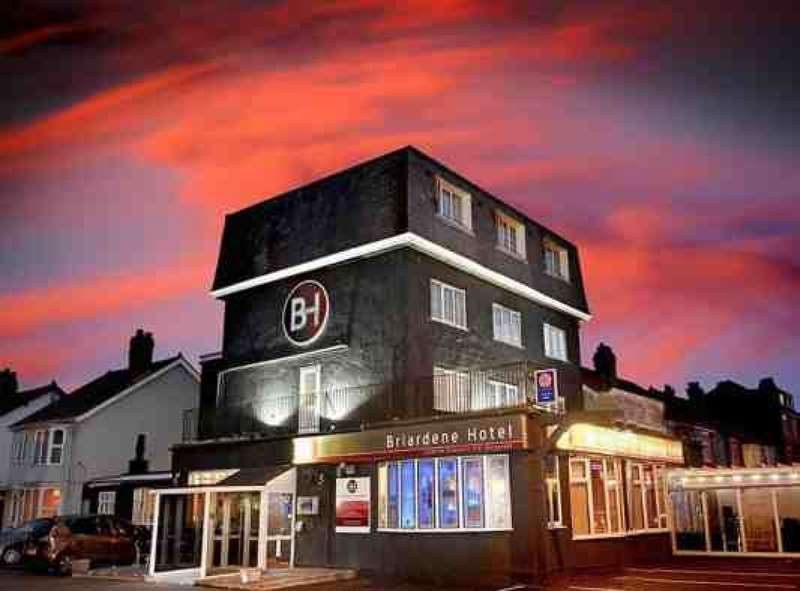 16 Bedrooms Hotel Gust House for sale in Kelso Avenue Thornton Cleveleys