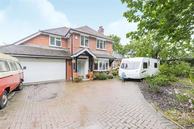 3 Bedrooms Detached House for sale in Old Wokingham Road, Crowthorne, Berkshire, RG45