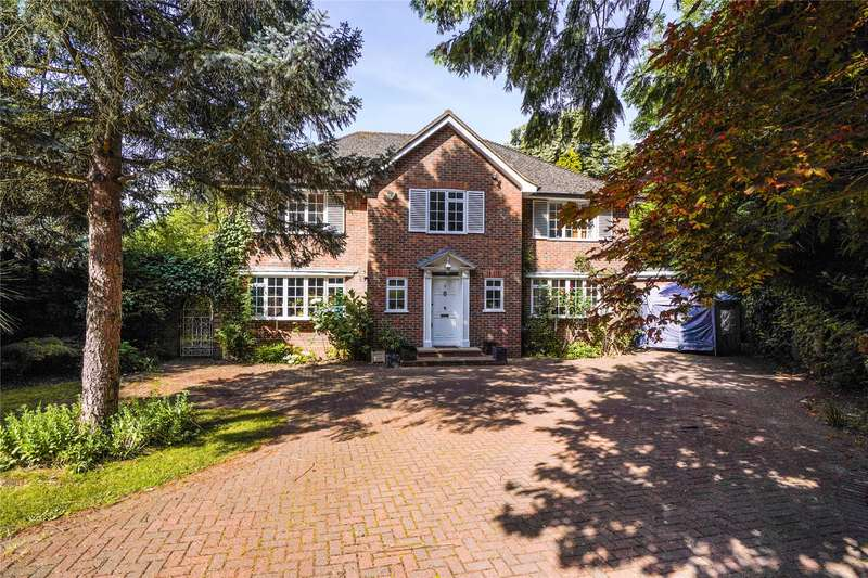 5 Bedrooms Detached House for sale in Grenville Close, Cobham, Surrey, KT11