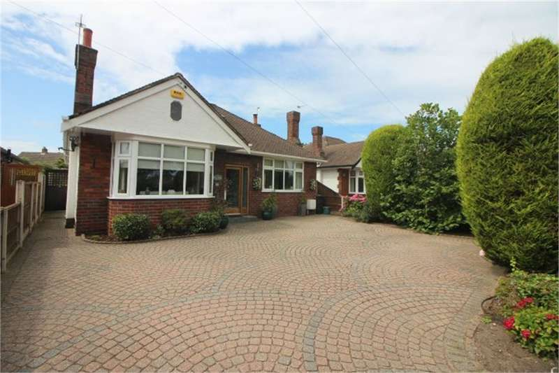 3 Bedrooms Detached Bungalow for sale in Kings Road, FORMBY, Liverpool, Merseyside