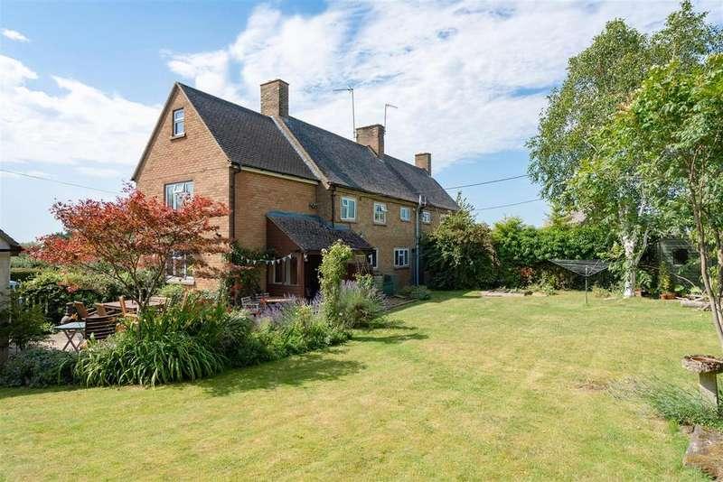 3 Bedrooms Semi Detached House for sale in Pound Lane, Little Rissington, Cheltenham