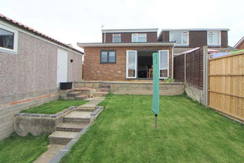 3 Bedrooms Semi Detached House for sale in Thoresby Avenue, Tuffley, Gloucester