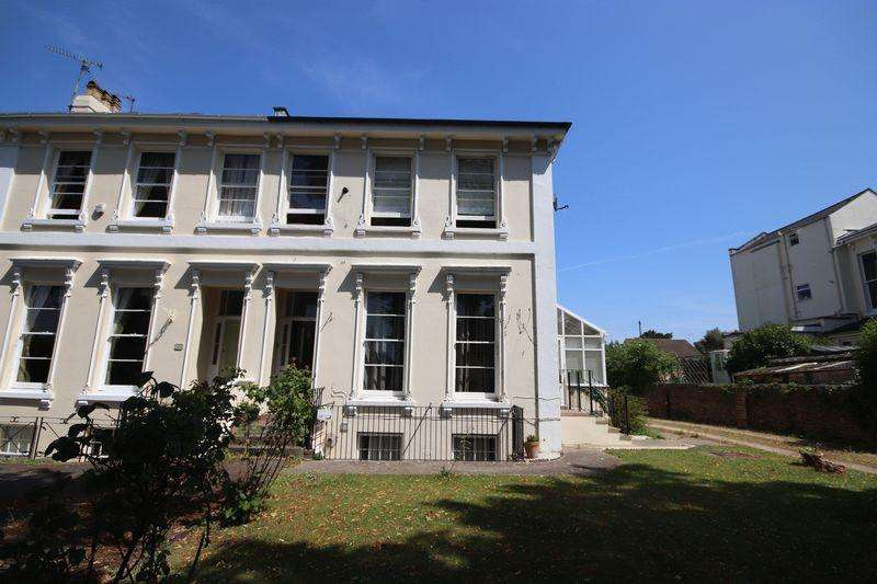 1 Bedroom Apartment Flat for sale in Sydenham Road North, Cheltenham