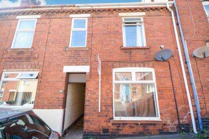 2 Bedrooms Terraced House for sale in Walmer Street, Lincoln, Lincolnshire