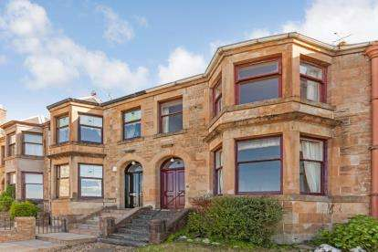 3 Bedrooms Terraced House for sale in Barrs Brae, Port Glasgow