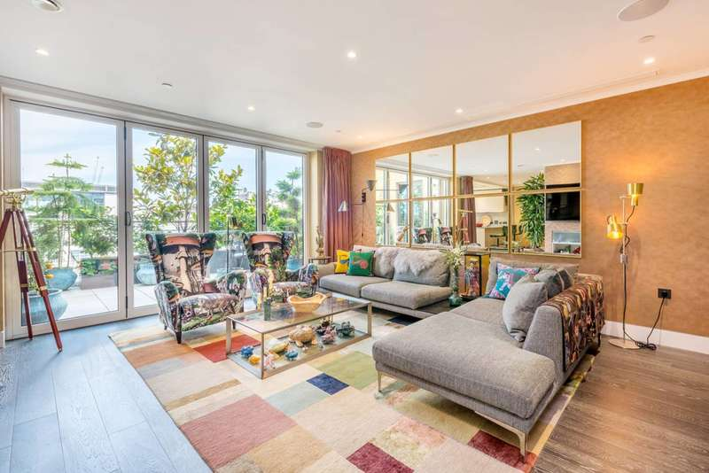 2 Bedrooms Flat for sale in Ingestre Place, Soho, W1F