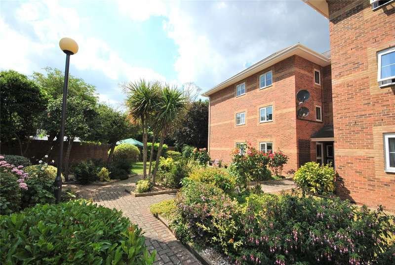 1 Bedroom Retirement Property for sale in Beech Court, Tower Street, Taunton, Somerset, TA1