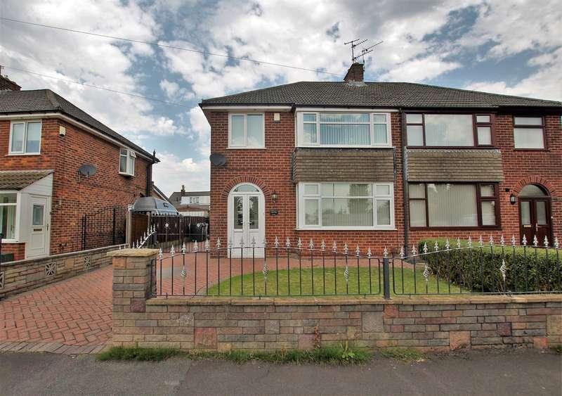 3 Bedrooms Semi Detached House for sale in Severn Drive, Walton le Dale, Preston