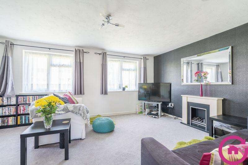 2 Bedrooms Apartment Flat for sale in Ladysmith Road, Cheltenham