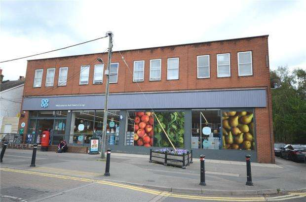 2 Bedrooms Apartment Flat for sale in Wharf Road, Ash Vale, Surrey