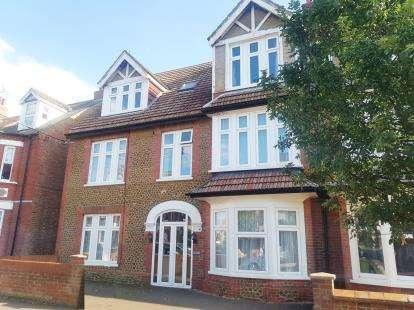 5 Bedrooms Semi Detached House for sale in Hunstanton, Norfolk