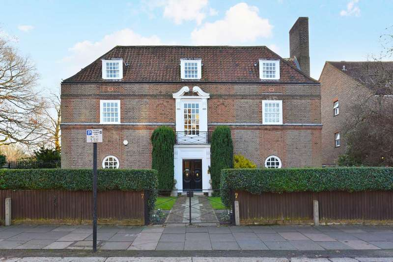 7 Bedrooms House for sale in Hillcrest Road, London W5