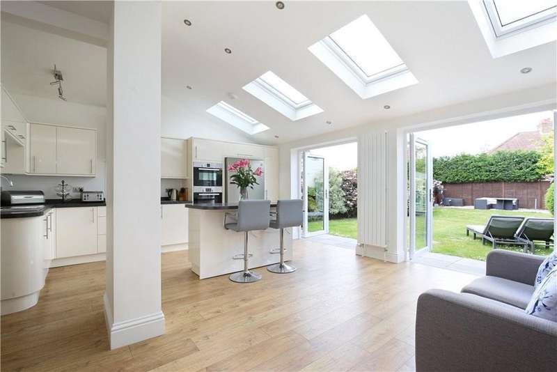 4 Bedrooms Semi Detached House for sale in South Croft, Henleaze, Bristol, BS9