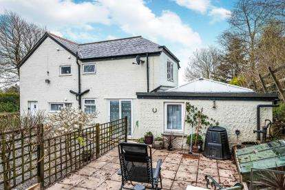 3 Bedrooms End Of Terrace House for sale in Camelford, Cornwall